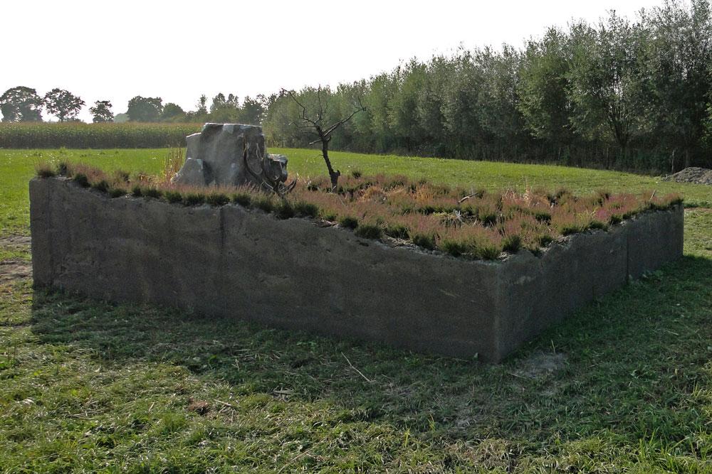 Land-Grab-4